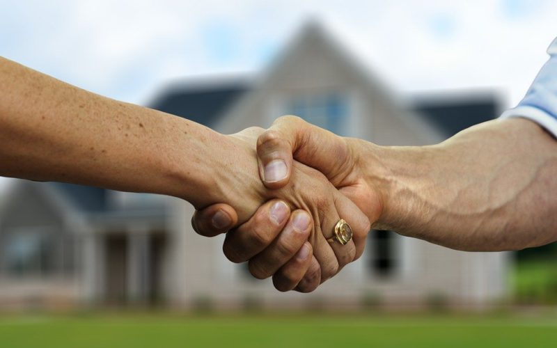 how to hire best real estate agent